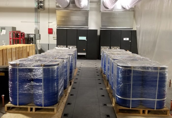 20,00 litres of dielectric-fluid liquid cooling solution